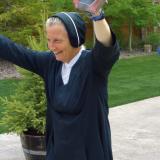 RHTA Day 62: Video clip of Sister Mary Beth Lloyd's 1,000 mile finish…thank God!